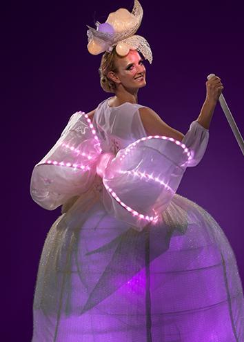 Lilac close up back Light Belle